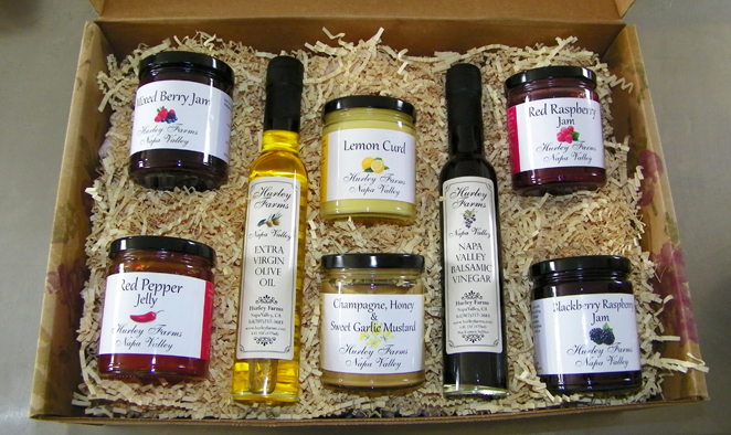 All of Hurley Farms most popular items in a gift box:one 6oz Extra Virgin Olive Oil,one 6oz Balsamic Vinegar, four seasonal Jams, a mustards, ...